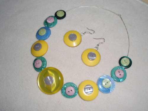 Knoflíkový šperk 1